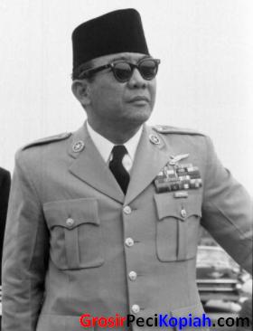 Songkok Hitam Bung Karno, Peci Soekarno, Kopiah President - songkok bung karno peci